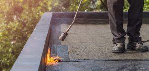 חומרי איטום לגגות מרוצפים